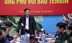 Bộ trưởng Bộ NN và PTNT yêu cầu các địa phương không chủ quan trong ứng phó với bão số 16