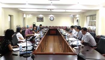 Hội nghị báo cáo tiến độ dự án