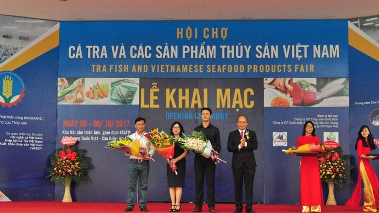Hội chợ cá tra và các sản phẩm thủy sản Việt Nam